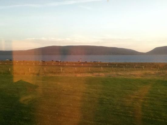 Buxa Farm Chalets & Croft House: The island of Hoy across Scappa Floe