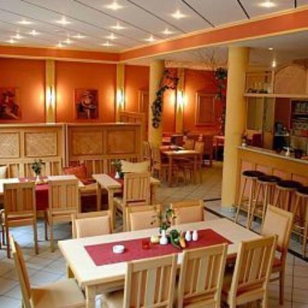 Stadthotel Deggendorf: Von der Chefin immer wieder liebevoll gestalltet
