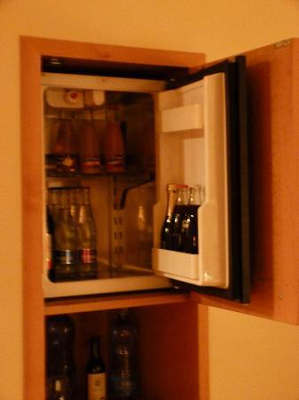 Hotel Don Giovanni: frigo bar