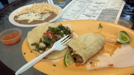 Alegria Tacos : Delicious authentic tacos
