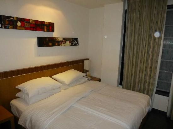 Shervani Nehru Place: Room 209