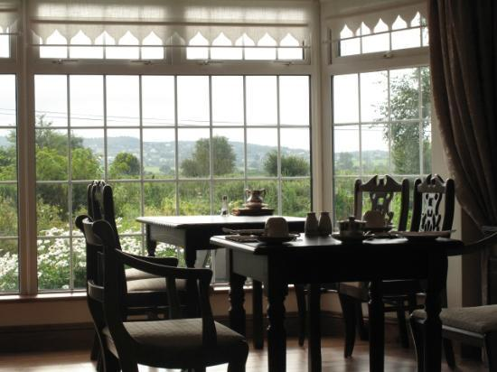 Innisfree B&B: Beautiful dining room