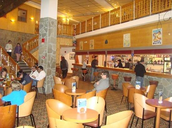 Hôtel Club mmv Les Brévières : le bar