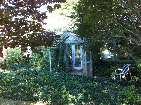 Green house at Nauset House Inn
