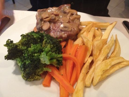 Cepa Velha: tournedos steak