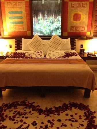 The Explorean Kohunlich by Fiesta Americana : when we arrived, they arranged the room like this