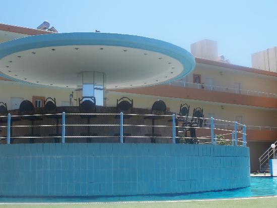 Bayside Hotel Katsaras: pool bar