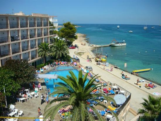 San Remo Hotel With It S Pool And Beach Picture Of Hotel Playasol San Remo Ibiza Tripadvisor