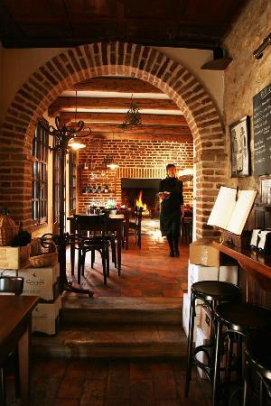 Arqua Petrarca, Italia: interno