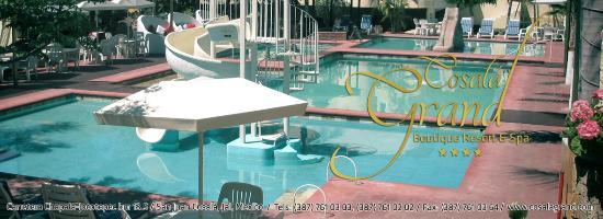 Cosala Grand Boutique Resort & Spa: kids pool with water slide