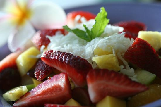 Aloha salads: Fruit Bowl