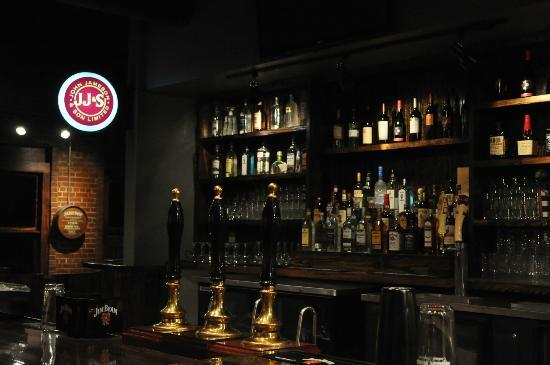 Eagle and Lion Brew Pub