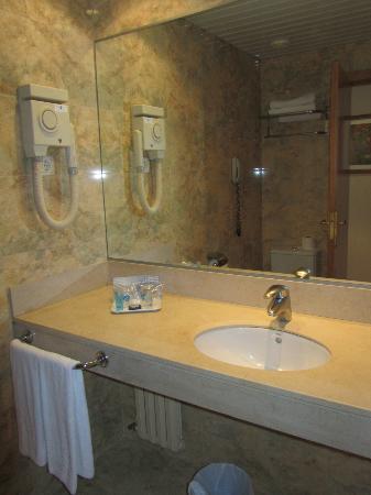 HCC Montblanc: Salle de bains très propre