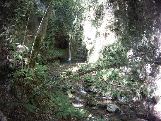 Cascata nel Parco Levigliese