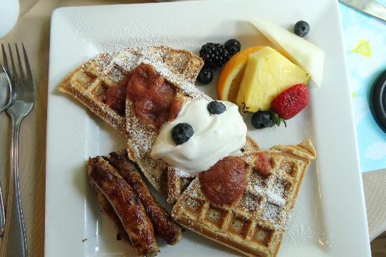 The Windjammer Inn: Amazing Breakfast