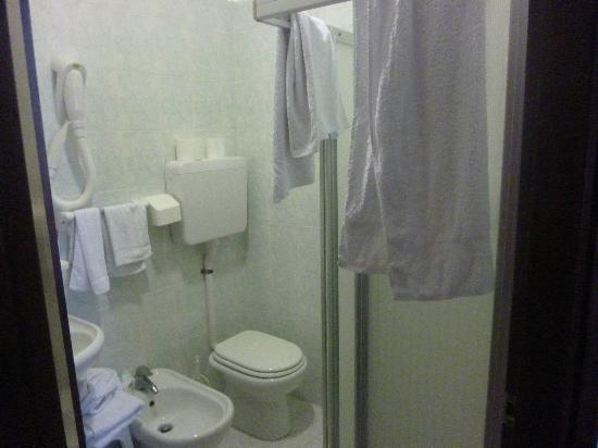 Hotel 2000: BAGNO