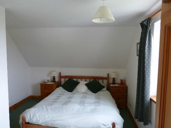 Na Fir Chlis Guesthouse: Schlafzimmer
