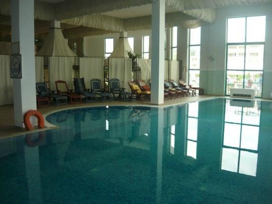 Club Calimera Sunny Beach: inner pool in Zvete- opened in spring and autumn