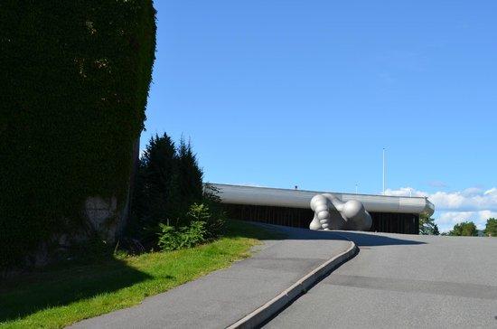 Henie Onstad Art Center: Art Center Entry