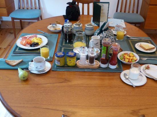 Na Fir Chlis Guesthouse: Frühstück
