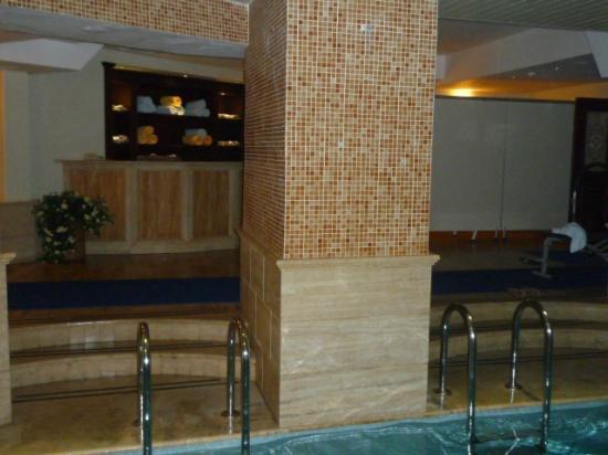 Orient Express Hotel: Espace piscine