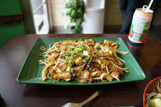 Hawker's Delight : Char Kuay Teow