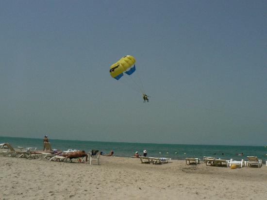 Sun Beach Resort : plage
