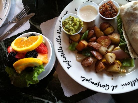 Monterey Cookhouse : breakfast burrito with fruit