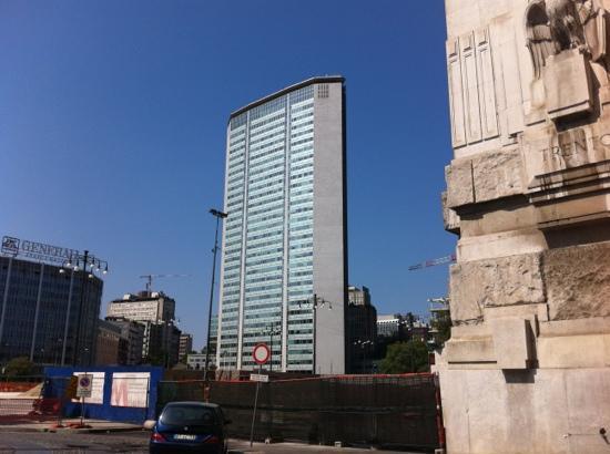 Grattacielo Pirelli : το σύγχρονο μιλάνο