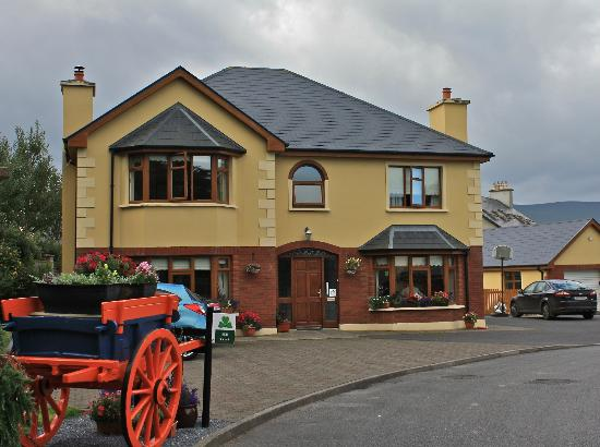Ard Na Coille Bed and Breakfast: View of the house