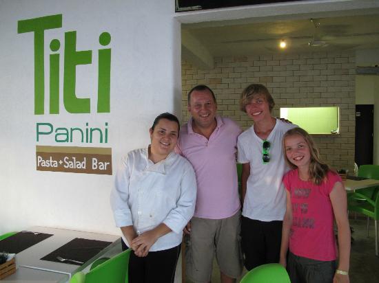 Titi Panini Pasta & Salad Bar: De eigenaars en onze kinderen
