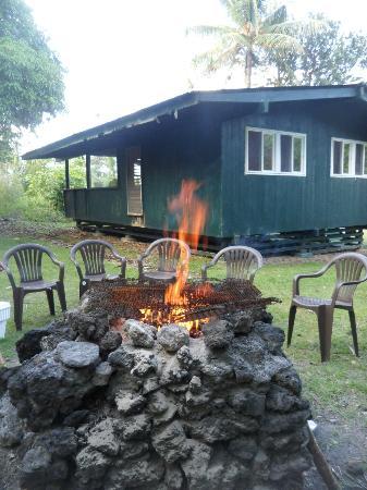Waianapanapa State Park Cabins: Cabin 8
