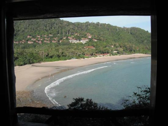 Lanta Marine Park View Resort: View of Kantiang Bay from clifftop bungalow