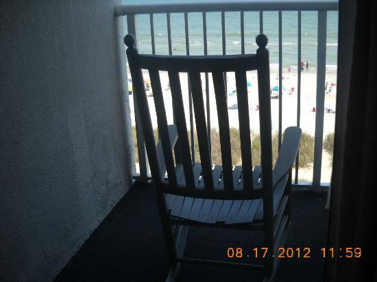 Indigo Inn: Rocking chair on balcony
