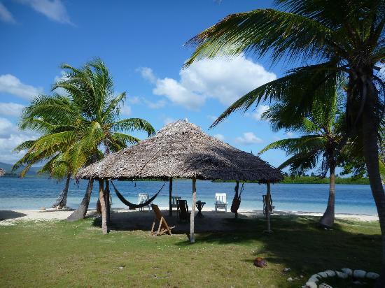 Yandup Island Lodge: Praia da ilha
