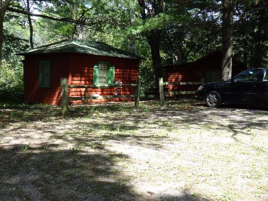 Birchcliff Resort: Cabin 19