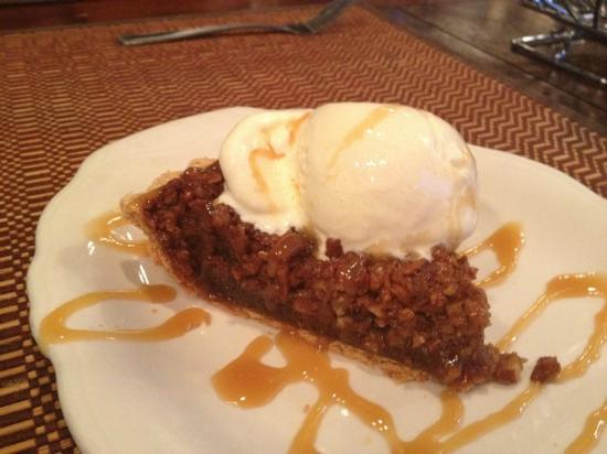 Mountview Bistro at Fontana Village Resort: Pecan Pie