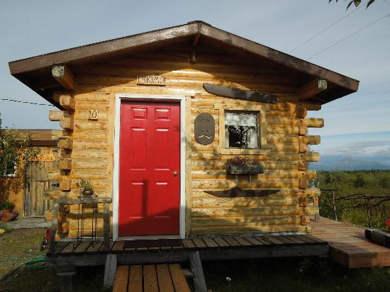 EarthSong Lodge - Denali's Natural Retreat: Our cabin.