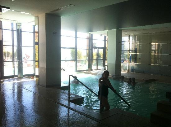 Radisson Blu 1835 Hotel & Thalasso: SPA/piscine eau de mer