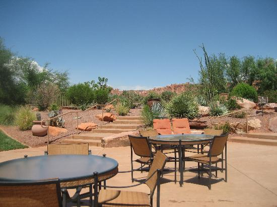 The Inn at Entrada: Pool deck