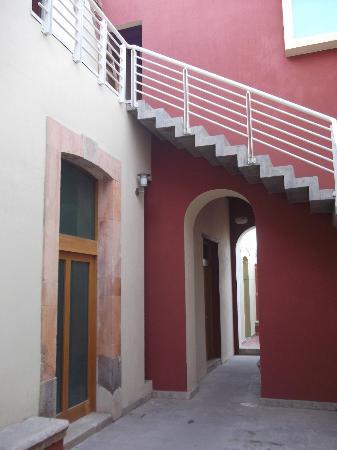 Hotel Real del Patrocinio: Los parte posterior del Hotel