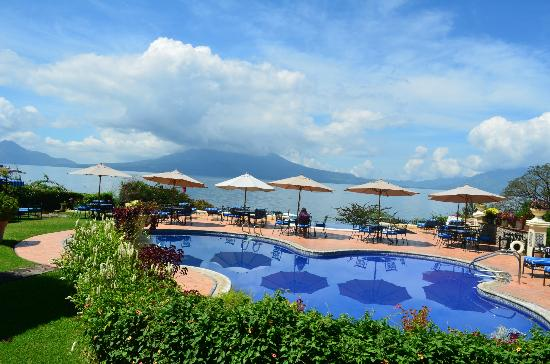 Hotel Atitlan: View from pool/dining area