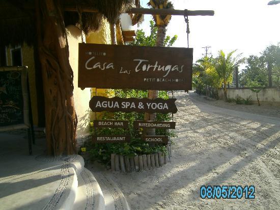 Holbox Hotel Casa las Tortugas - Petit Beach Hotel & Spa: Sign