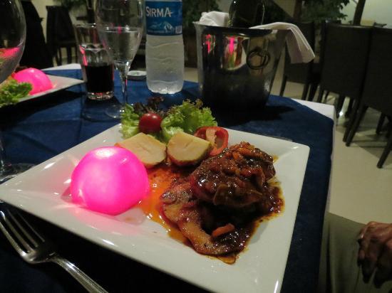 Hotel Cachet: Dinner