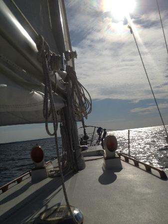 Dreamcatcher Sailing : Sailing on Lake Superior