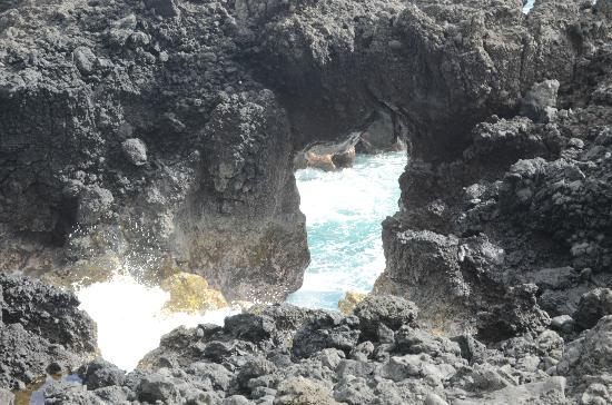 Waianapanapa State Park Cabins: cave