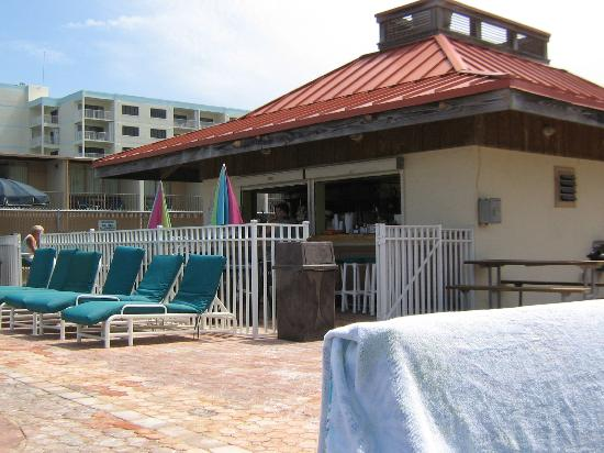 Ocean Landings Resort and Racquet Club: pool bar