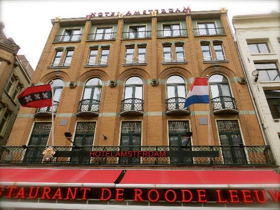 Hotel Amsterdam - De Roode Leeuw: Front of the hotel