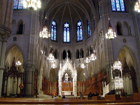 Cathedral Basilica of the Sacred Heart: Basilica of the Sacred Heart interior