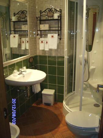Casa Rural El Capricho del Valle: baño con ducha hidromasaje